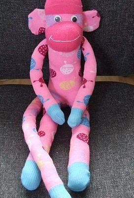 272px-Bright_pink_sock_monkey_(smonkie)